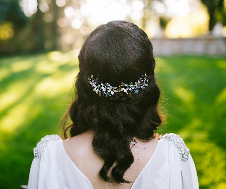 Cinco consejos para elegir el tocado de novia