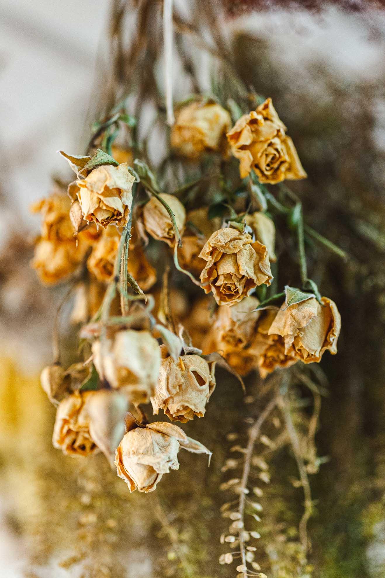 Tocados que brotan de las flores